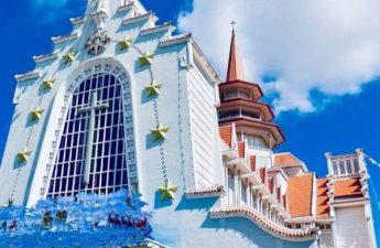 Báo giá Tour Huế 1 ngày check in 2 nhà thờ rẻ nhất